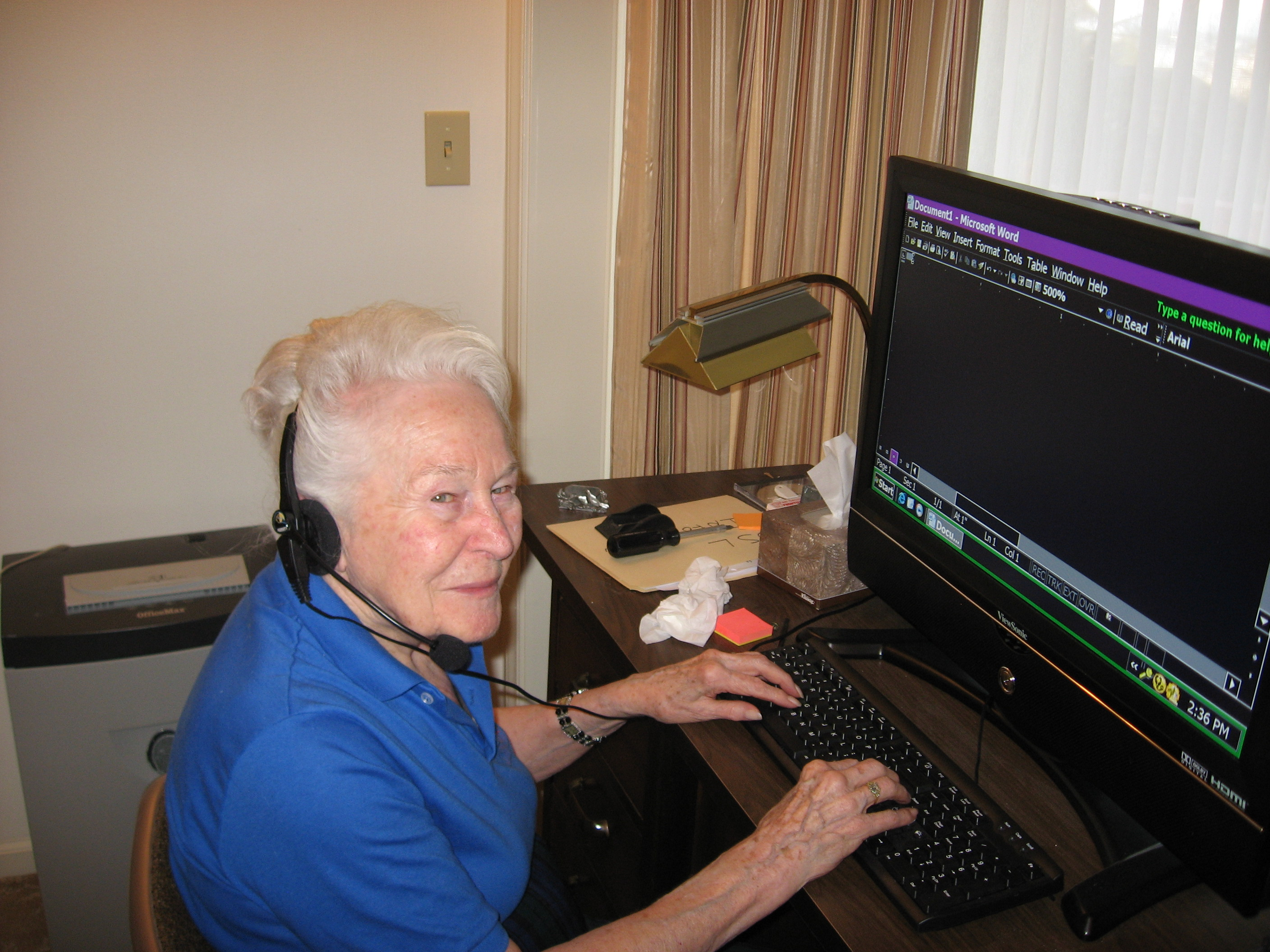 88 year old woman using JSAY